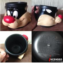 **incendeo** - Sylvester Cat Collectible Mug (1992)