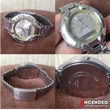 **incendeo** - CASIO Edifice Stainless Steel Watch AMW-200
