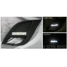 Mazda 3 08-12 2.0 Fog Lamp Cover w LED & Light Bar