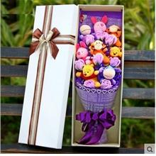 8pcs winnie the poon 8pcs Soap Flowers with gift box add led light / B..