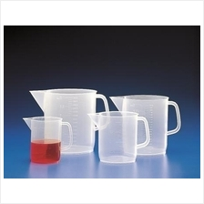 PP jug with handle and spout, low form, moulded graduation, 2L