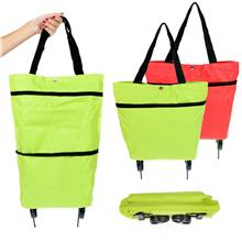 Portable cloth folding dual-use can be towed tugboat package